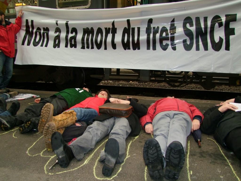 Non +á la mort du Fret SNCF
