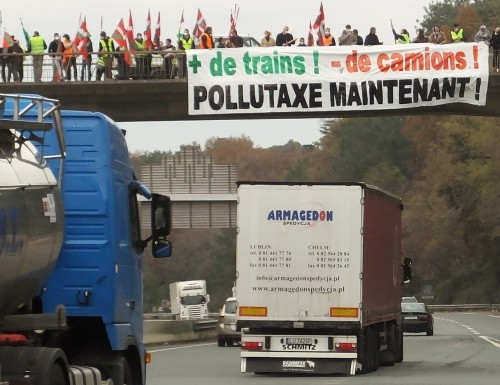 pollutaxe maintenant action