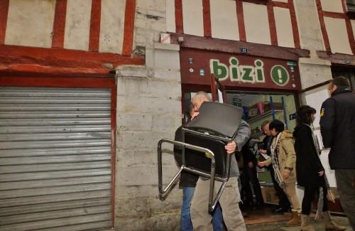 La police a retrouvé 3 sièges HSBC au local de Bizi